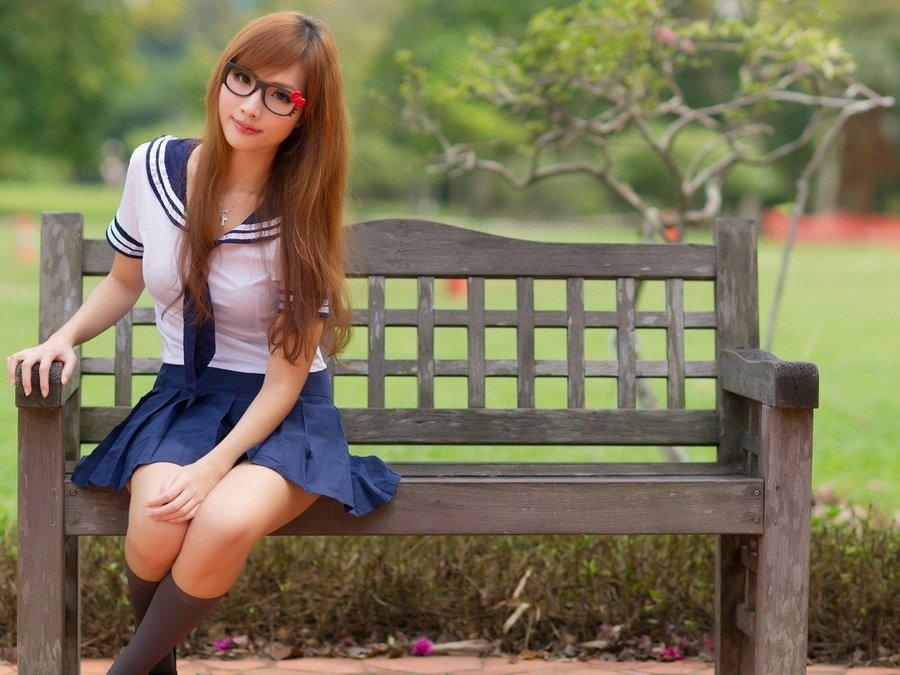 清纯校园女生