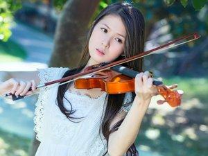 悠扬的小提琴声