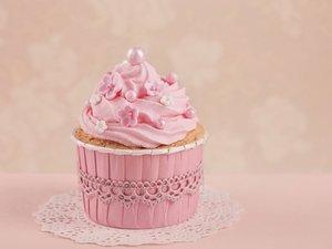 桃红色杯形蛋糕